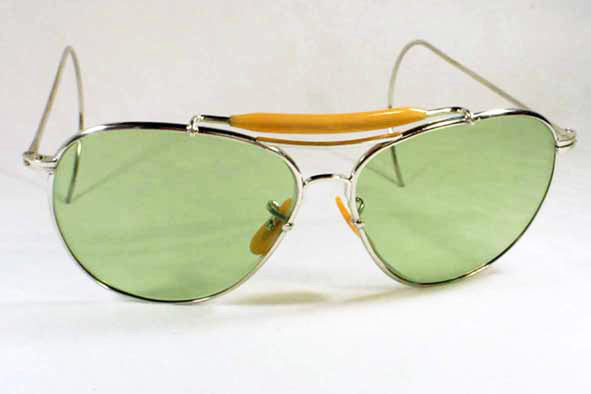 vintage ray-ban : 1940's US military issue <i>Type II</i> aviators by BAUSCH & LOMB