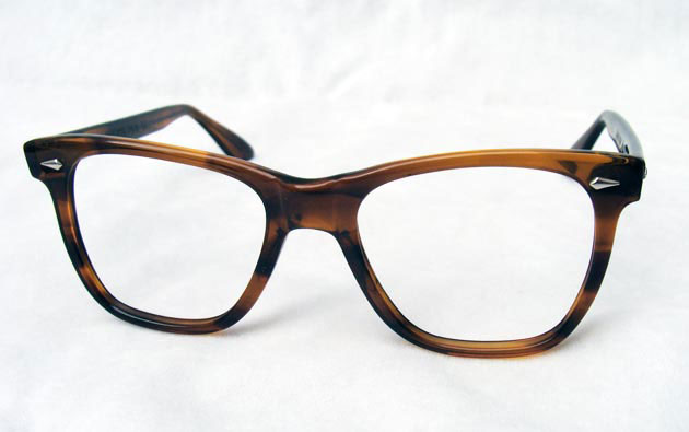vintage sunglasses : 1960's Saratoga by AMERICAN OPTICAL, (USA)